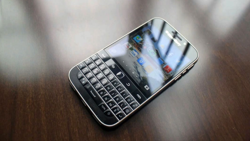blackberry-classic-hands-on-video